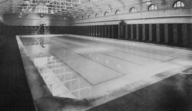 Erdington_Swimming_Baths_Pool_circa_1955